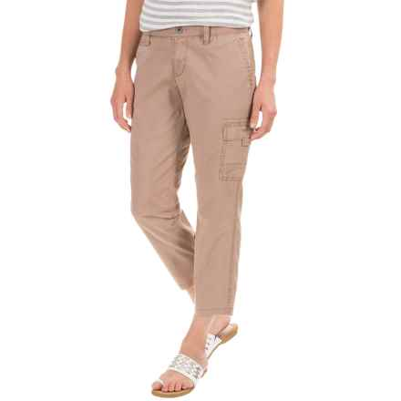 Stretch Cotton Cargo Capris - Mid Rise (For Women) in Khaki - 2nds