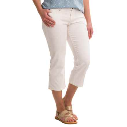 Stretch-Cotton Skimmer Capri Jeans (For Women) in White - 2nds