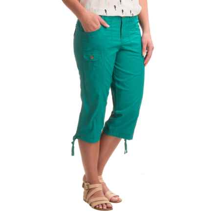 Stretch-Woven Cargo Capris (For Women) in Teal - 2nds