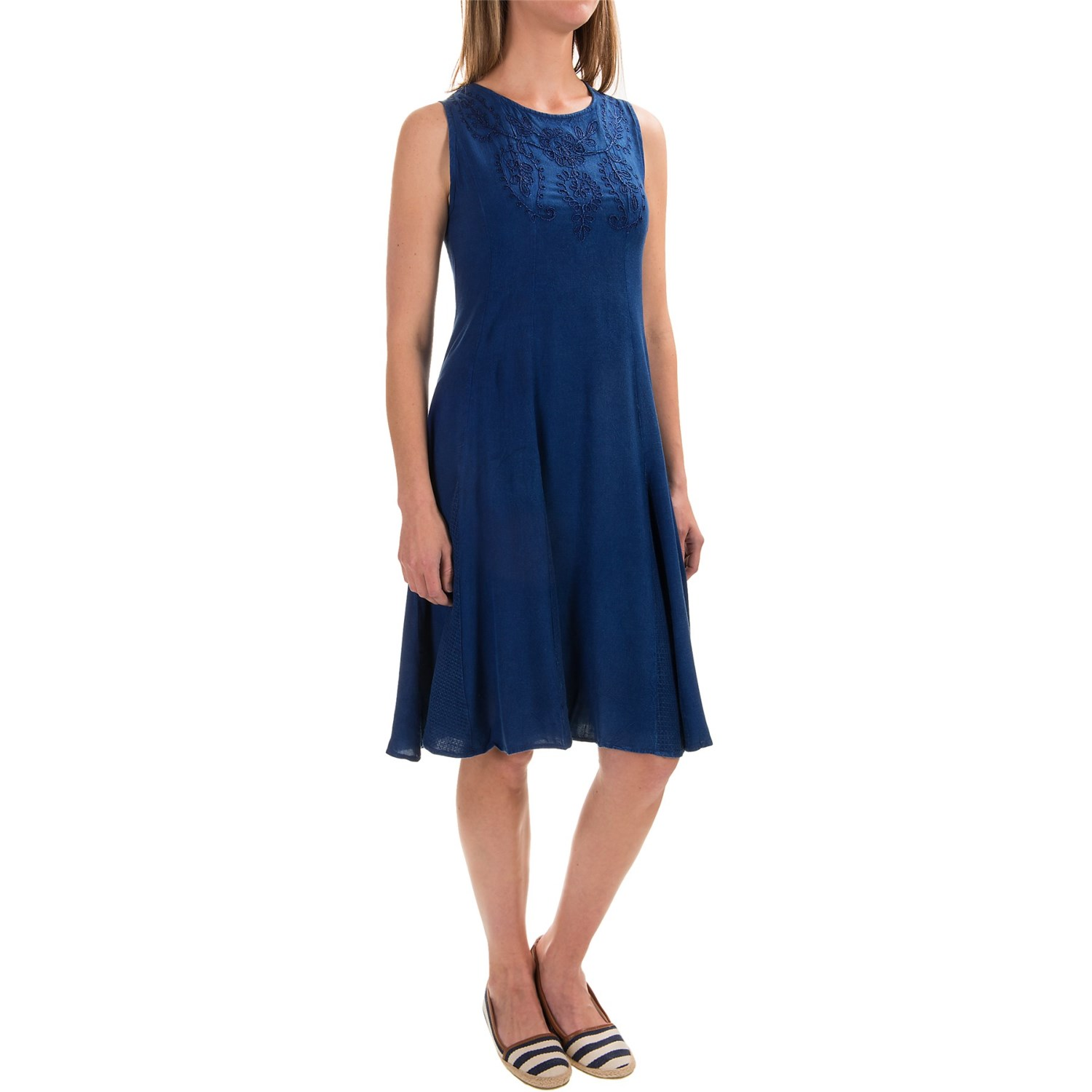 Studio west embroidered front yoke rayon dress for women