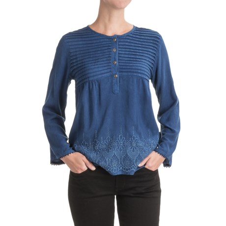 Studio West Pintuck Embroidered Shirt -  Long Sleeve (For Women) in Indigo