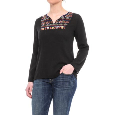 Studio West Placket Embroidered Shirt - Long Sleeve (For Women) in Black