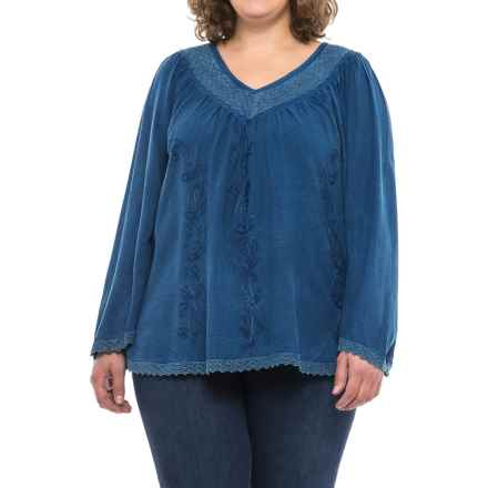 Studio West V-Neck Tapestry Peasant Shirt - Long Sleeve (For Plus Size Women) in Indigo - Closeouts