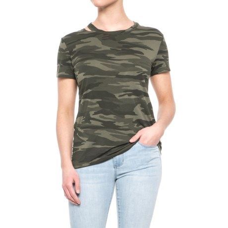 Sweet Romeo Scoop Neck Camouflage T-Shirt - Short Sleeve (For Women) in Camo Green