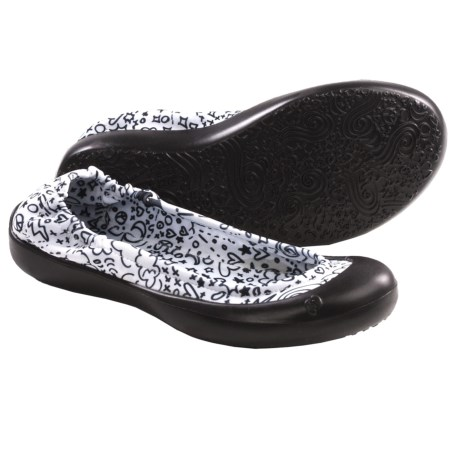 SWYT Ballerina Flats (For Youth Girls) in Signature Black