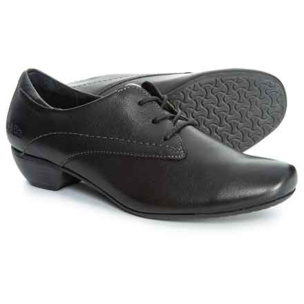 Taos Footwear Cobbler Oxford Shoes - Leather (For Women) in Black Leather