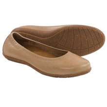 Taos Footwear Flirt Ballet Flats - Leather (For Women) in Nude - Closeouts