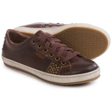 Taos Footwear Freedom Sneakers - Leather (For Women) in Brown - Closeouts