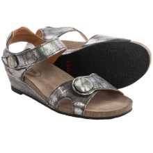 Taos Footwear Momentum Sandals - Leather (For Women) in Pewter - Closeouts