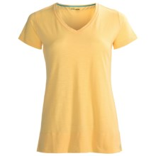 Tasc Oceanside V-Neck Shirt - UPF 50+, Short Sleeve (For Women) in Glow - Closeouts
