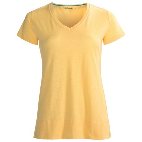 tasc Oceanside V-Neck Shirt - UPF 50+, Short Sleeve (For Women) in Glow
