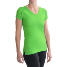 tasc Streets V-Neck T-Shirt - UPF 50+, Short Sleeve (For Women) in Green Flash - Closeouts