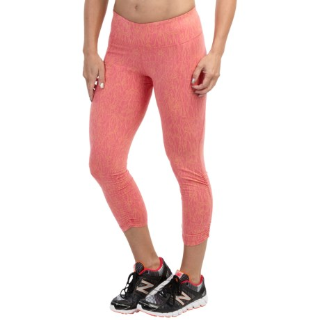 tasc Utopia Capris UPF 50 For Women
