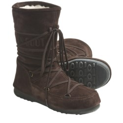 Tecnica W.E. Caviar Moon Boot® - Insulated (For Women) in Black