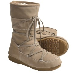 Tecnica W.E. Caviar Moon Boots - Insulated (For Women) in Sand