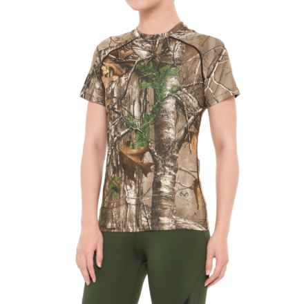 Terramar Stalker 2.0 Base Layer Top - UPF 25+, Short Sleeve (For Women) in Realtree Xtra - Closeouts