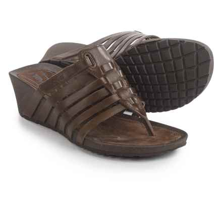 Teva Cabrillo 3 Thong Sandals - Leather, Wedge Heel (For Women) in Dark Earth - Closeouts