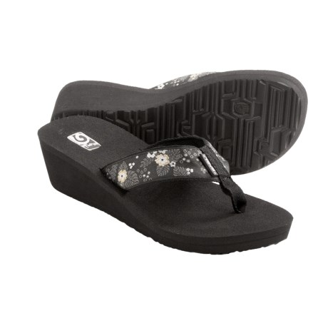 Teva Mandalyn Mush® Wedge 2 Sandals - Flip Flops (For Women) in Palm Flower Black
