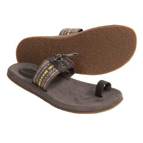 Teva Nanda Casual Sandals (For Women) in Raven
