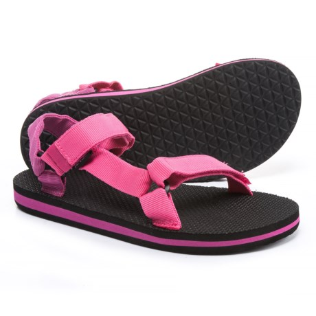 Teva Original Universal Sport Sandals (For Little and Big Kids) in Raspberry/Magenta