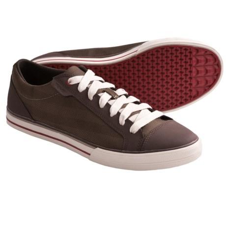 Teva Roller Mesh Shoes (For Men) in Brown