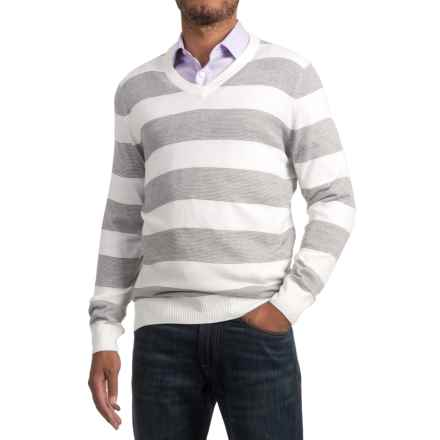 Textured V-Neck Sweater (For Men) in White/Grey Stripe - 2nds
