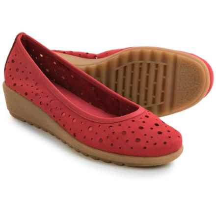 The Flexx Run Perfed Shoes - Nubuck, Slip-Ons (For Women) in Marlboro Nubuck - Closeouts
