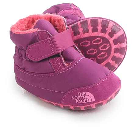 The North Face Asher Booties - Fleece Lined (For Infants) in Lux Purple/Cha Cha Pink - Closeouts