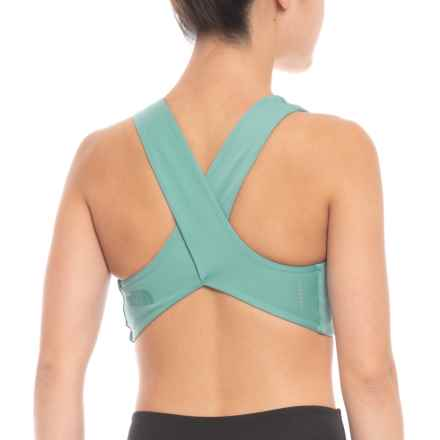 4e8e0cde29 The North Face Beyond the Wall Free Motion Sports Bra (For Women) in Bristol