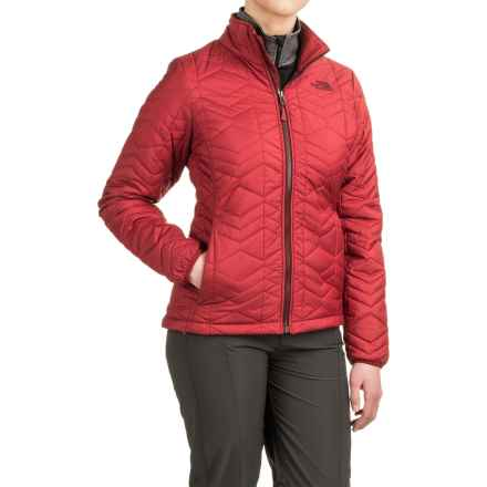 The North Face Bombay Jacket - Insulated (For Women) in Biking Red - Closeouts