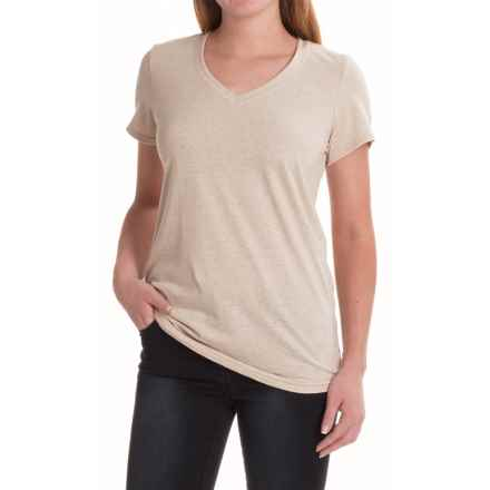 The North Face Boyfriend T-Shirt - V-Neck, Short Sleeve (For Women) in Oatmeal Heather/Light Mahogany - Closeouts