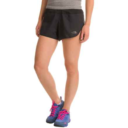 The North Face BTN Split Shorts - Built-In Brief (For Women) in Tnf Black - Closeouts