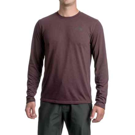 The North Face Crag Crew Shirt - UPF 15, Long Sleeve (For Men) in Root Brown/Dark Heather - Closeouts