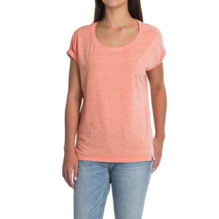 The North Face EZ Shirt - Short Sleeve (For Women) in Burnt Coral Melange - Closeouts