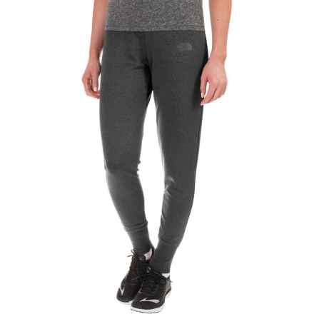 The North Face Fave Fleece Joggers (For Women) in Tnf Dark Grey Heather (Std) - Closeouts