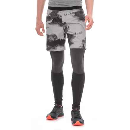 "The North Face Flight Trail Shorts - 7"" (For Men) in Monument Grey Reflective Fog Print - Closeouts"