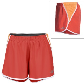 The North Face GTD Running Shorts - Inner Brief (For Women) in Juicy Red/Impact Orange
