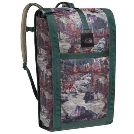The North Face Homestead Roadsoda 43L Backpack in Darkest Spruce Yosemite Sofa Print/Darkest Spruce - Closeouts