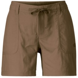 The North Face Horizon Becca Shorts - Packable, UPF 30 (For Women) in Dune Beige