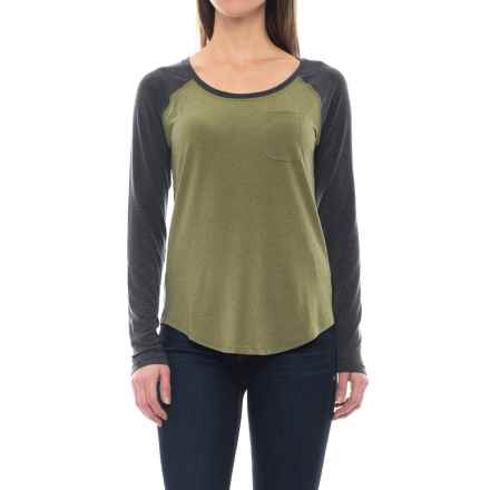 The North Face In a Flash T-Shirt - Long Sleeve (For Women) in Burnt Olive Green - Closeouts