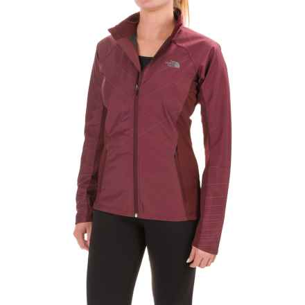 The North Face Isotherm Jacket (For Women) in Deep Garnet Red - Closeouts