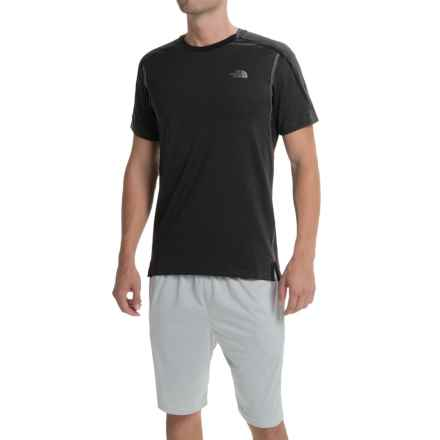The North Face Kilowatt Crew Shirt - Short Sleeve (For Men) in Asphalt Grey Heather/Tnf Black - Closeouts