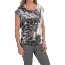 The North Face Kokomo Burnout T-Shirt - Short Sleeve (For Women) in Tnf Black - Closeouts
