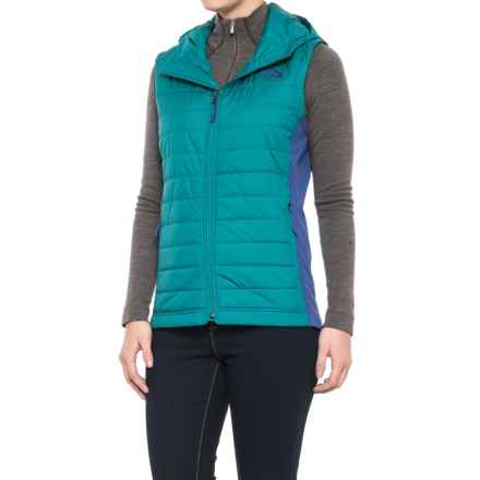 The North Face Mashup Vest - Insulated (For Women) in Harbor Blue/Bright Navy - Closeouts