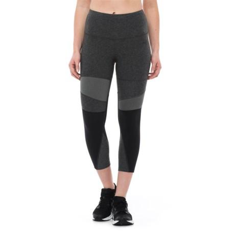 The North Face Motivation Capri Tights (For Women) in Tnf Dark Grey Heather/Tnf Black