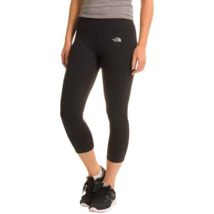 The North Face Motivation Crop Leggings (For Women) in Tnf Black - Closeouts