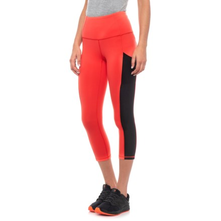 c23bbeb58beb1 The North Face Motivation High-Rise Pocket Crop Tights (For Women) in Juicy