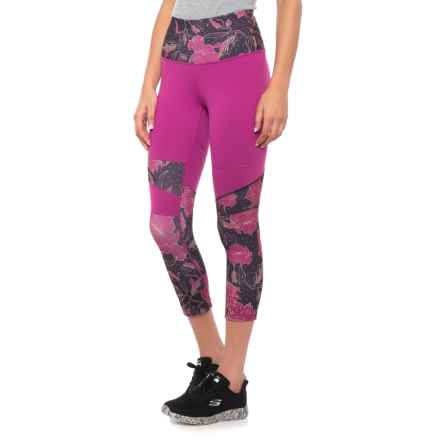 The North Face Motivation High Rise Printed Crop Leggings (For Women) in Wild Aster Purple/Galaxy Purple Print - Closeouts