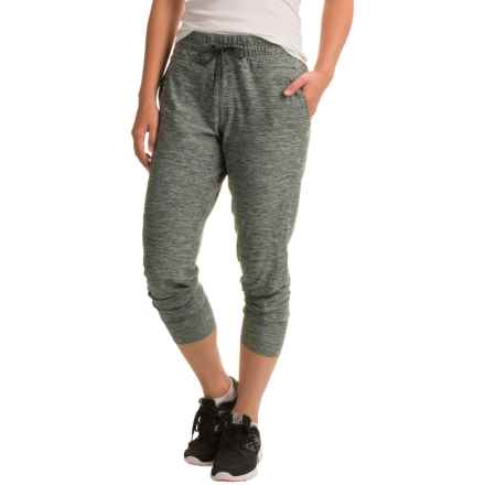The North Face Motivation Light Capris (For Women) in Darkest Spruce Heather - Closeouts