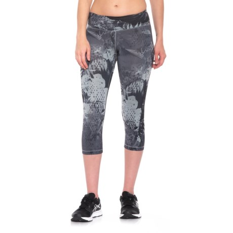 The North Face Motivation Printed Capris (For Women) in Tnf Black Tropical Print
